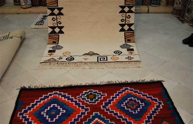 Craft: Carpet factories