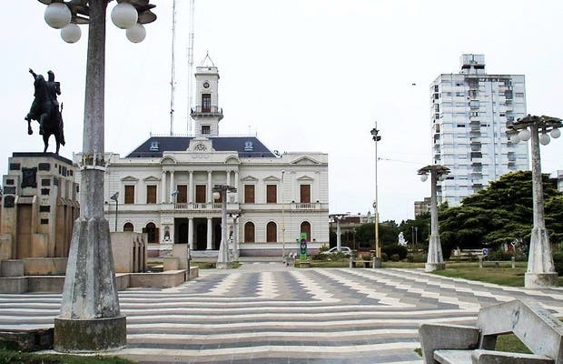 Plaza de Azul