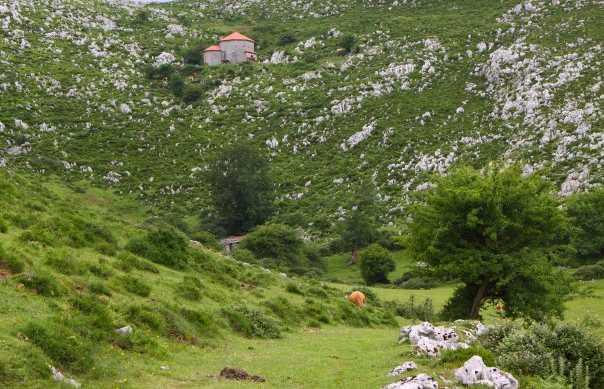 Montsacro chapels