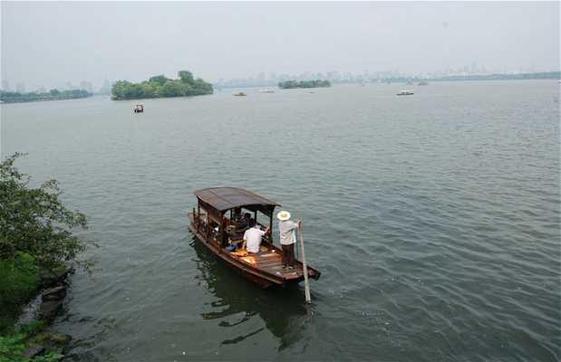 Croisière en bateau sur le lac de l'Ouest