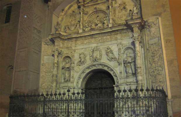 Front of Santa María