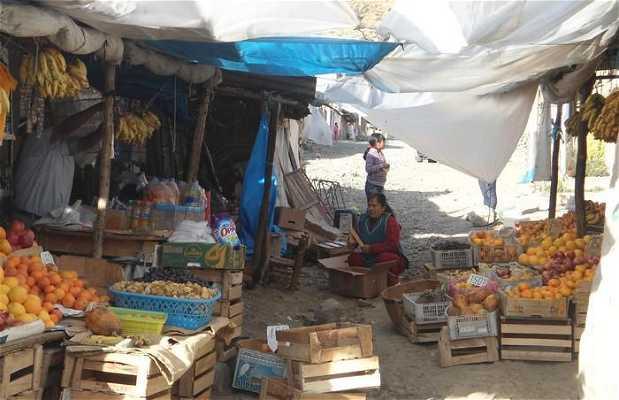 Mercado avenida Villon