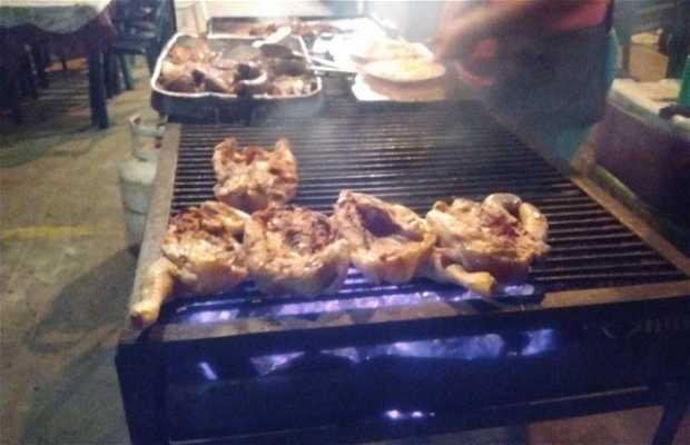 Puestos de comida del Malecón de Chichiriviche