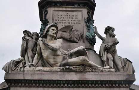 Estatua de Camille Cavour