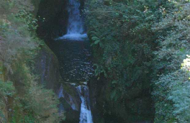 Barranquismo en el río Saja