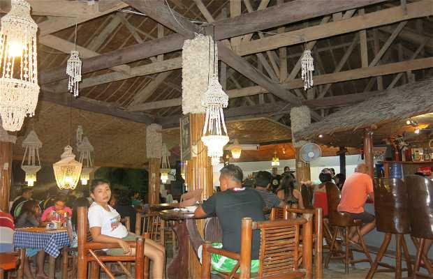 Blue Ice Bar & Restaurant
