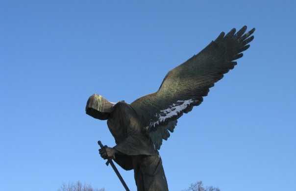 Monumento a la Masacre de Katyn