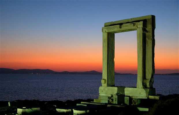 Portara, la Puerta de Apolo