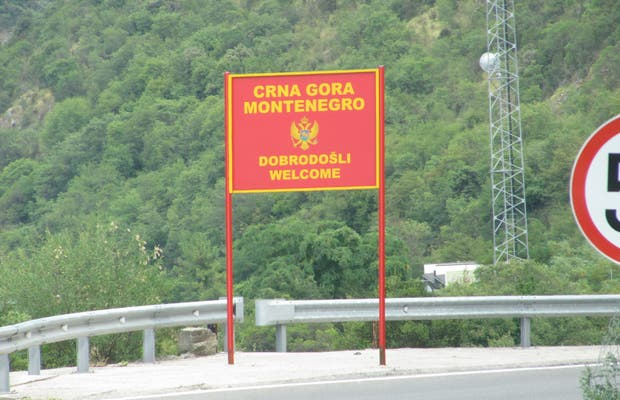 Frontera de Debeli Brijeg (Montenegro)