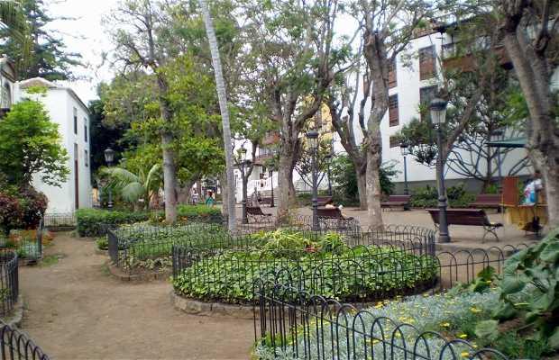 Piazza Andrés de Lorenzo Cáceres a Icod de los Vinos
