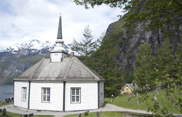 Iglesia de Geiranger