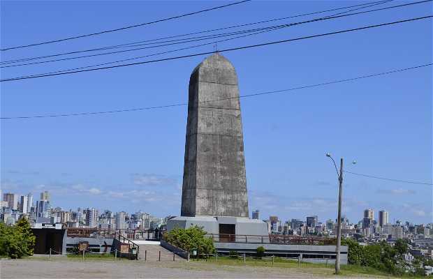 Monumento Jesus Cristo Terceiro Milênio