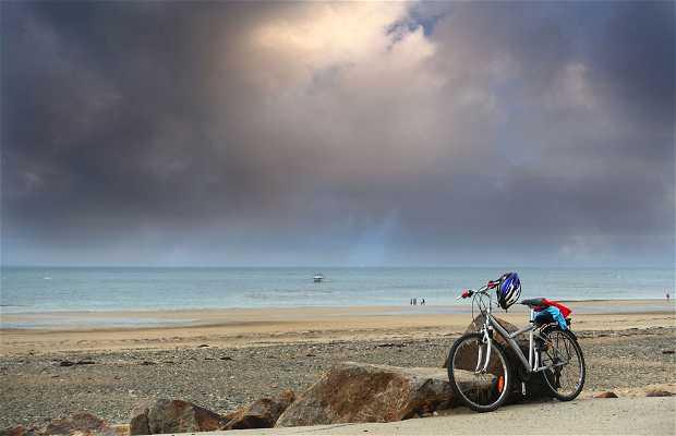 Vélo sur la plage à Saint Jean de la Rivière
