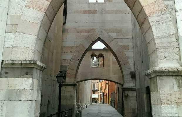 Iglesia de San Carlos
