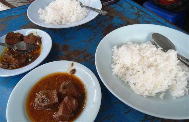 Cuisine de rue à Rangoon