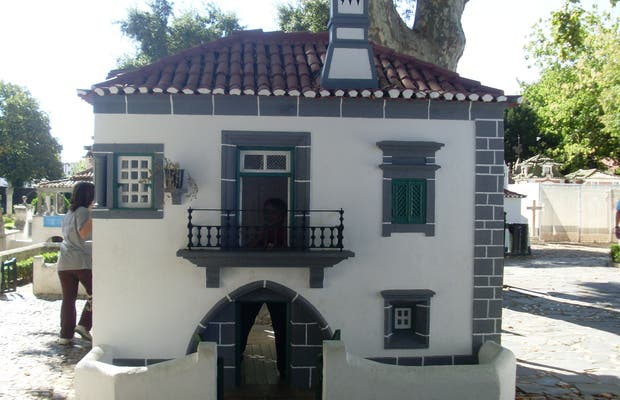 Portugal dos Pequenitos