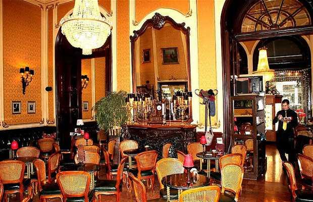 Cafe Muvész Kévéház