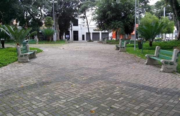 Praça Cônego Lima