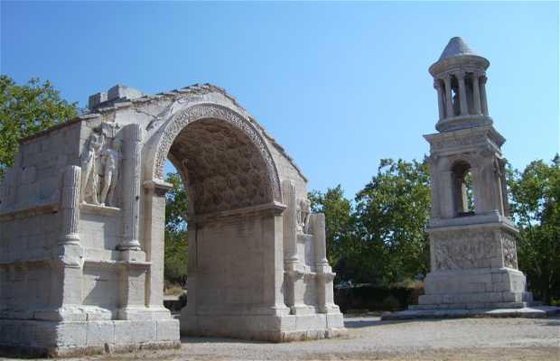 Mausoleo y Arco del Triunfo en Glanum