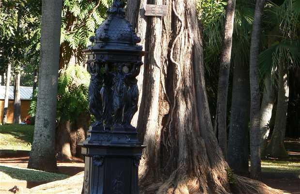 Sculpture de charles le bourg