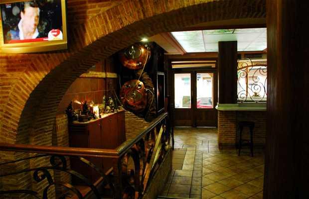 Quique Tavern
