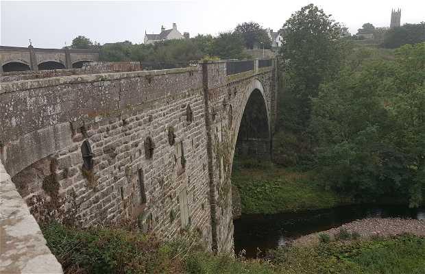 Puente viejo de Inverbervie
