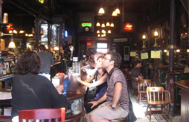 L'Old Town Bar & Restaurant a New York
