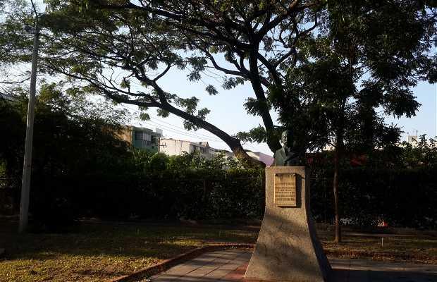 Monumento a Francisco de Paula Andrade