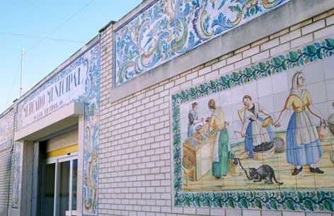 """Fachada Mercado Municipal """"Els Filtres"""""""