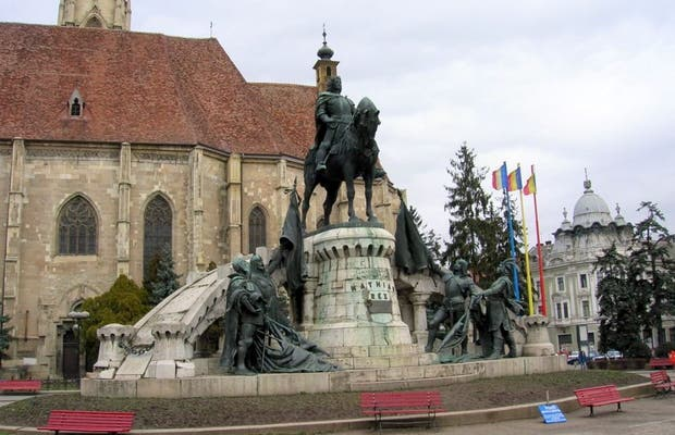 Statuia lui Matei Corvin – Mattias Corvinus Statue