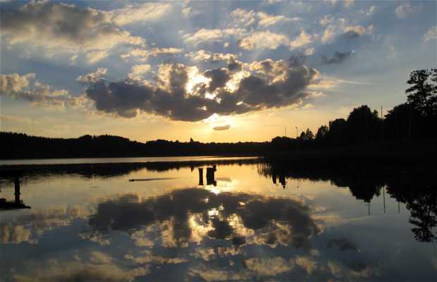 Lago Kortowo en verano