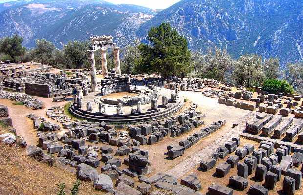 Il tempio di Apollo a Delfi