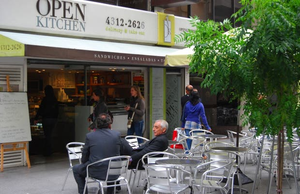 Open Kitchen (calle Reconquista)