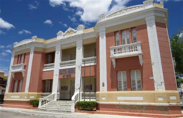 Biblioteca Municipal Ney Pontes Duarte