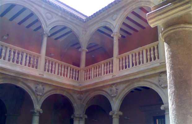 Palazza dei Marchesi di Cirat o Casa Grande di Almansa