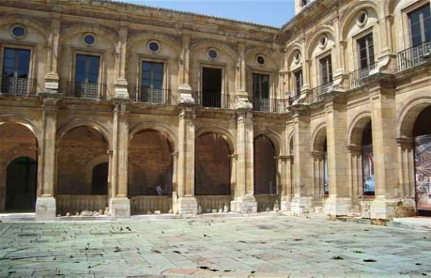 Claustro de San Isidoro