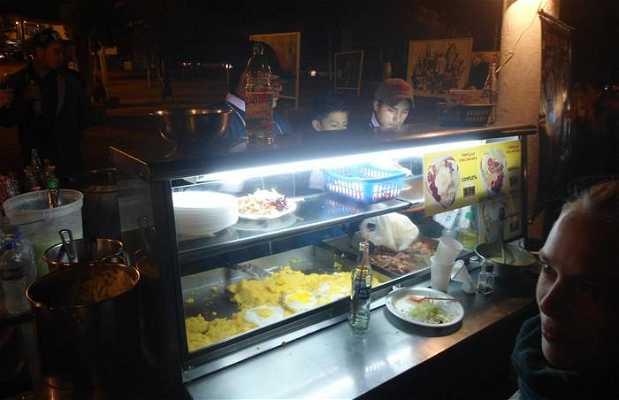 Mercado nocturno La Floresta