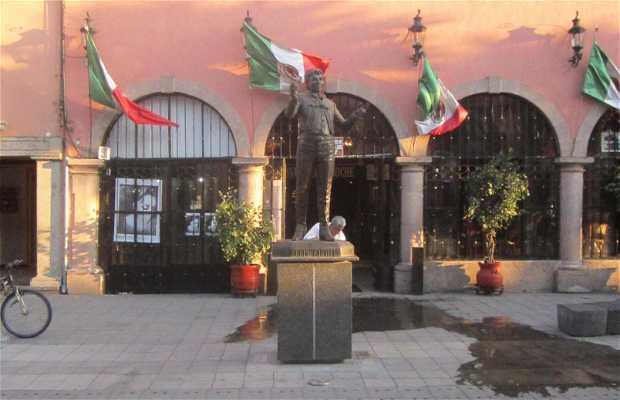 Estatua de Juan Gabriel