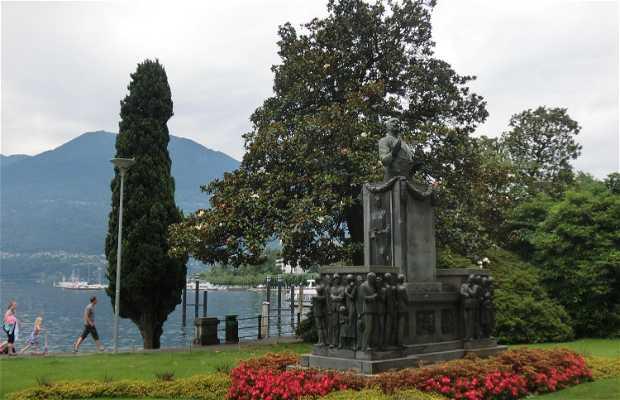 Monumento a Giuseppe Cattori