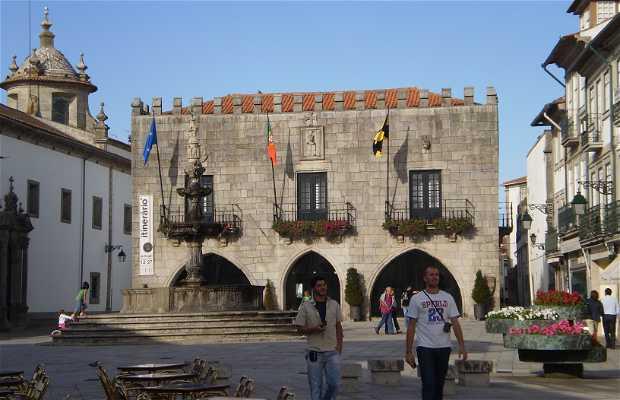 Antigos Paços do Concelho - Antiguo Ayuntamiento