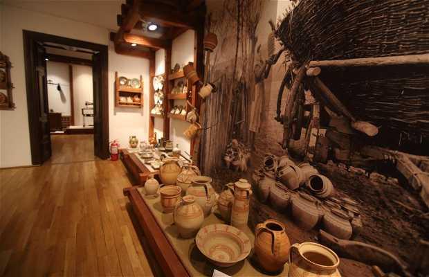 Museo etnográfico de Oltenia - Muzeul de Etnografie