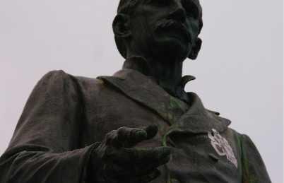 Statua di Louis Ruchonnet