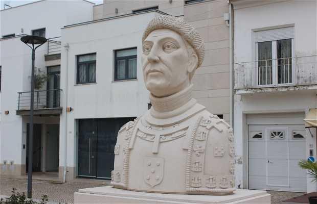 Busto do Infante D. Henrique