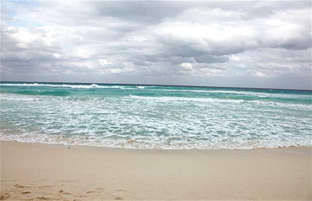 Praia Chac Mool