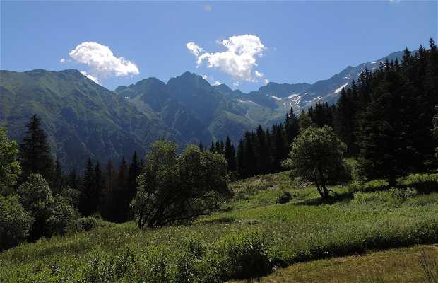 Ruta Lago Léat