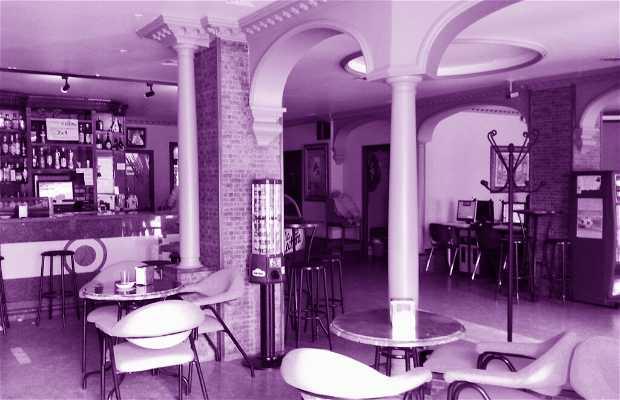 Yellow Cafe - Fechado