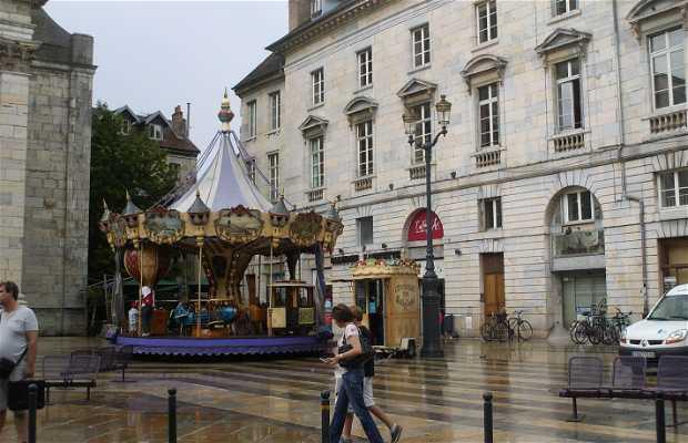 Saint Pierre Place