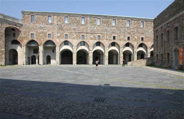 Civico museo storico archeologico