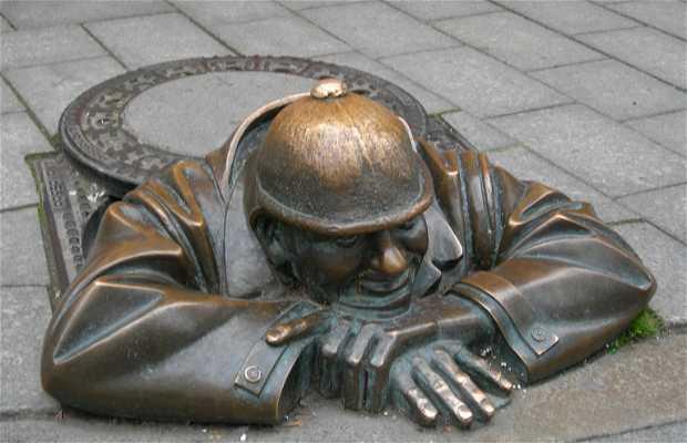 Statue de cumil