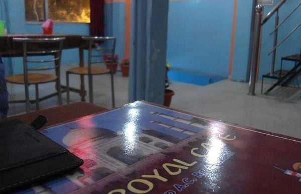 MG Royal Café